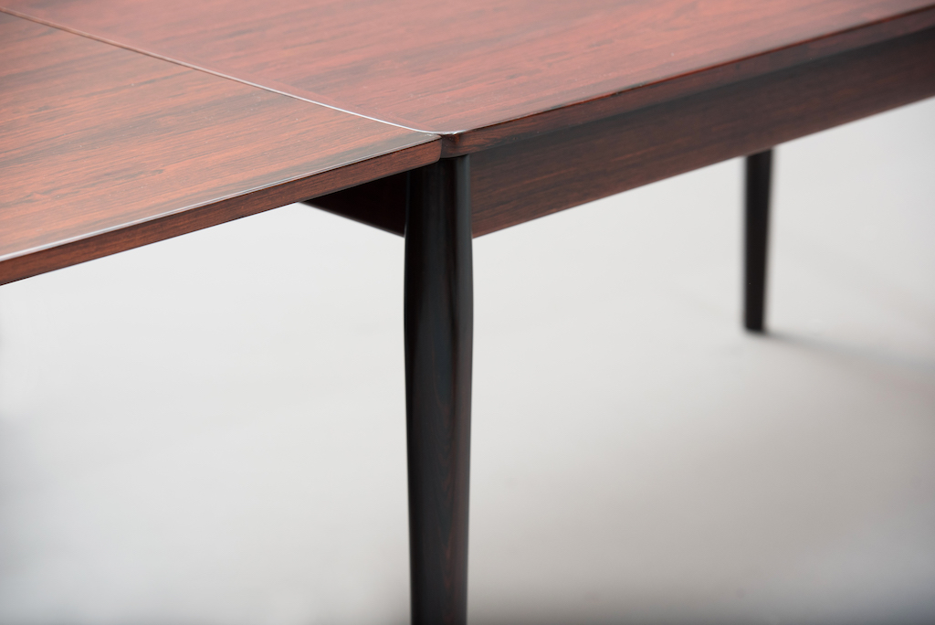 Arne Vodder rosewood dining table | 2