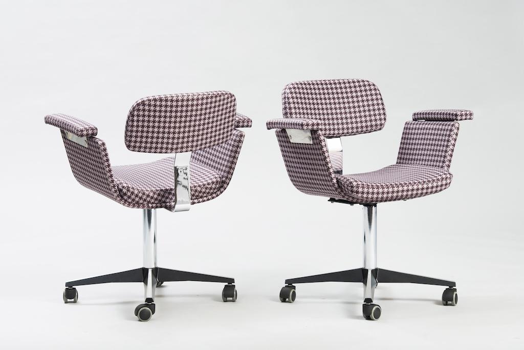 Daciano Costa Par de Cadeiras de Escritório Linha Cortez