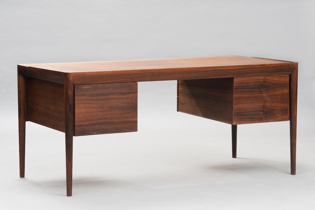 Erik Riisager Hansen Desk for Haslev Møbelfabrik   1