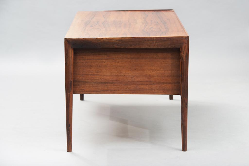 Erik Riisager Hansen Desk for Haslev Møbelfabrik   2