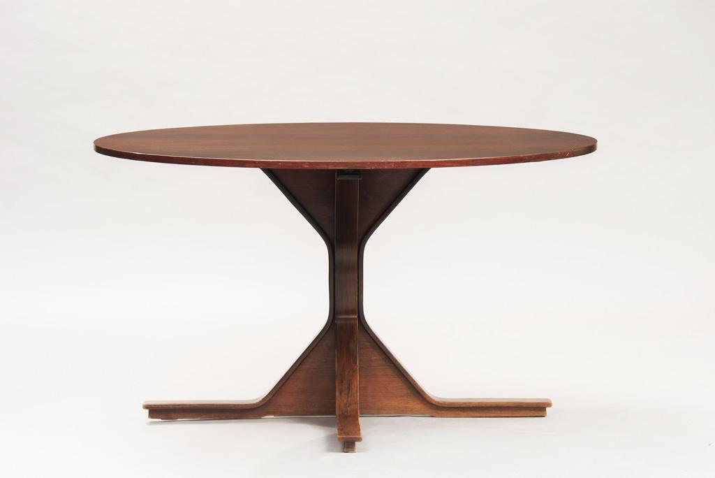 Gianfranco Frattini Dining Table | Model 552