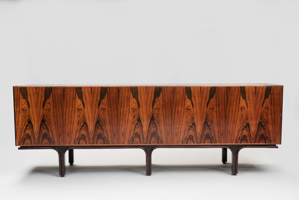 Gianfranco Frattini rosewood sideboard   4