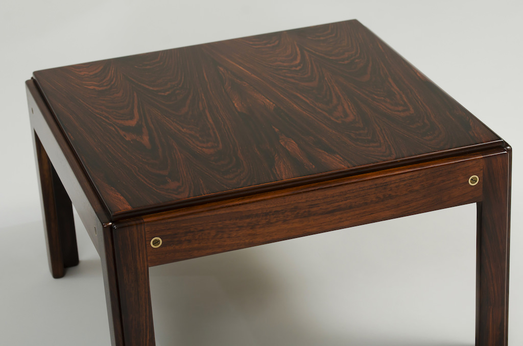 Illum wikkelso Rosewood Side Table Plexus Series | 3