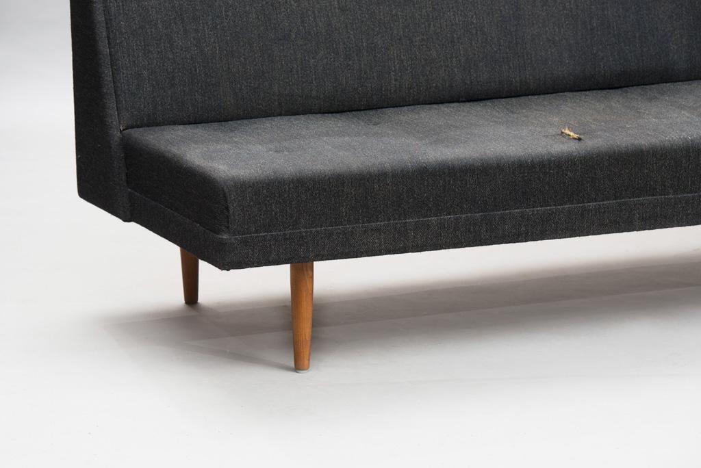 Mid-Century Modern Danish Sofa | Império dos Sentidos