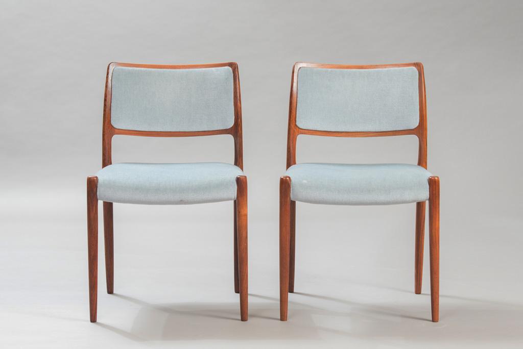 Cadeiras de Jantar em Pau-santo Niels O. Moller para a J. L. Mollers | 2