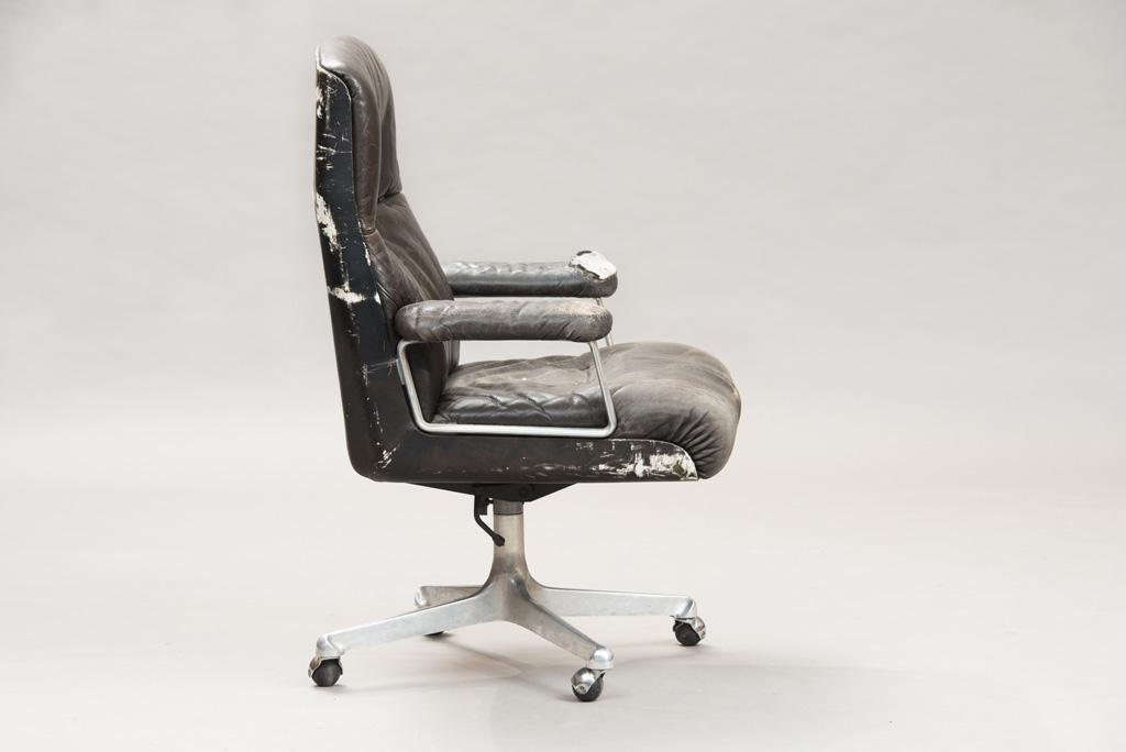 Cadeira de Escritório P125 de Osvaldo Borsani para a Tecno   1