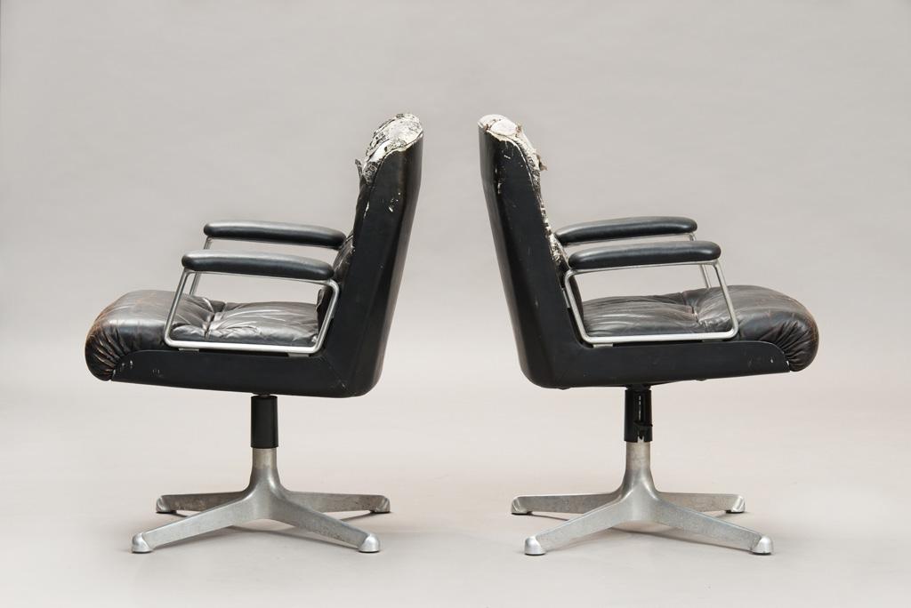 Cadeiras de Escritório P125 de Osvaldo Borsani para a Tecno | Um Par | 2