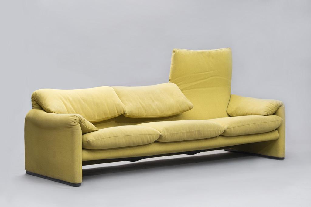 Vico Magistretti 'Maralunga' Sofa for Cassina | 1