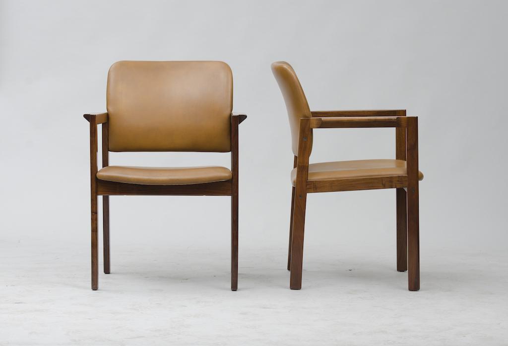 Cadeiras de Braço em Pau-santo produzidas por Bjerringbro Kontormøbler A/S | 1