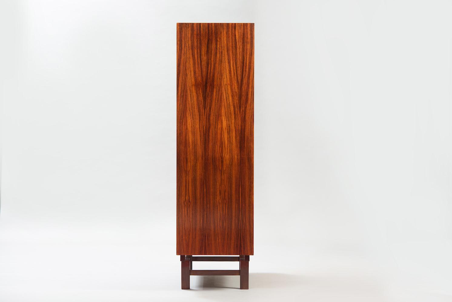 Cabinet | 2
