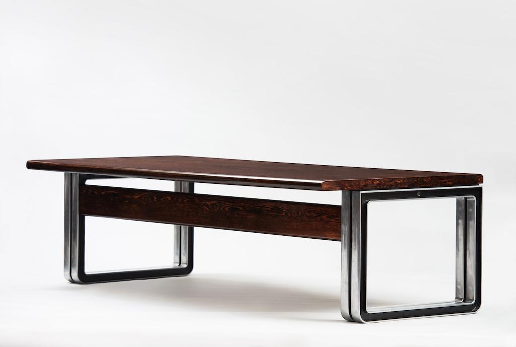 Osvaldo Borsani Large Desk for Tecno | 1