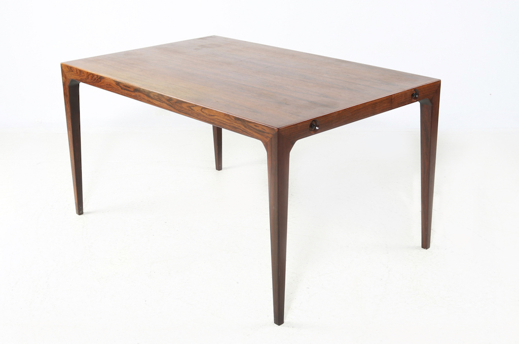 Severin Hansen Jr. Mid-Century Modern Rosewood Dining Table For Haslev Mobelfabrik |