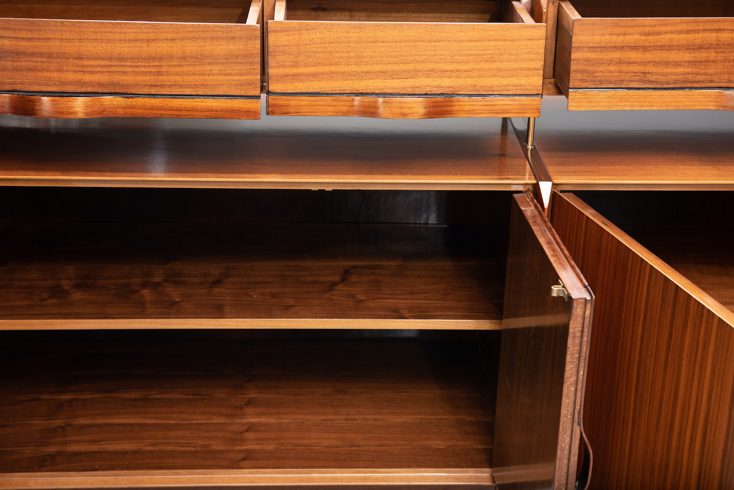 vittorio dassi walnut sideboard | 7